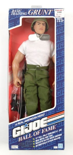 1992 GI Joe Basic Grunt 12 Action Figure MOC