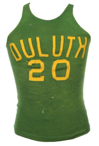 1925-27 Duluth #20 Goldsmith Made Basketball Jersey & Shorts (MEARS LOA)