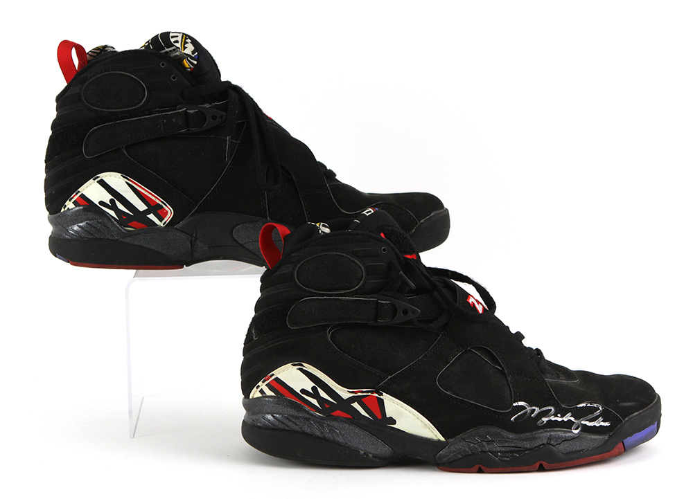 1cde30fff76900 ... Bulls Nike Air Jordan 8 Playoff Finals Game Worn Shoes (. Touch to zoom