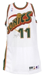 1997-98 Detlef Schrempf Seattle Supersonics Signed Game Worn Home Jersey (MEARS LOA/JSA)