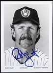 "1974-1993 Robin Yount Milwaukee Brewers Signed 5""x 7"" B&W Photo (JSA)"