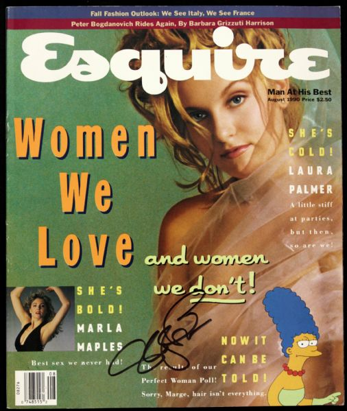 1990 Sheryl Lee Twin Peaks Signed Esquire Magazine (JSA)