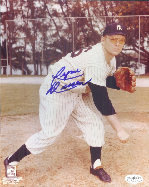 "1958-61 Ryne Duren New York Yankees Signed 8"" x 10"" Photo (*JSA*)"
