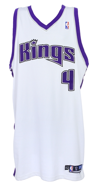 2004-05 Chris Webber Sacramento Kings Home Jersey (MEARS A5)