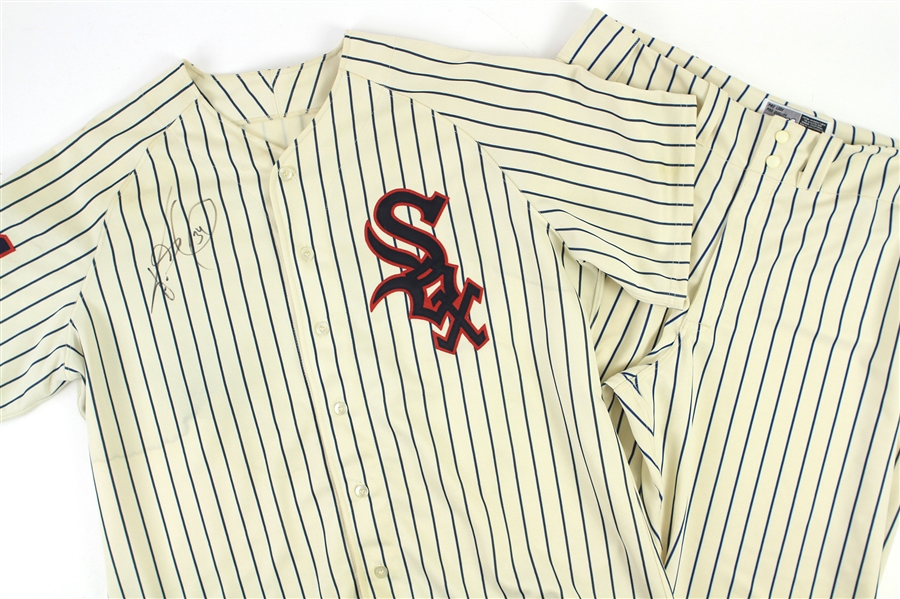 2005 (June 18) Freddy Garcia Chicago White Sox Signed Game Worn 1959 Throwback Home Uniform (MEARS LOA/JSA)