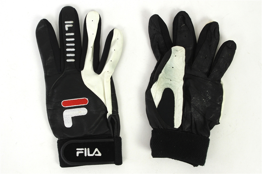 2001 Sammy Sosa Chicago Cubs Game Worn Fila Batting Gloves (MEARS LOA)