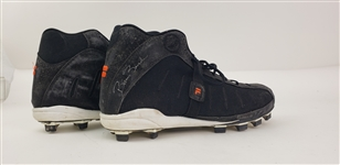 2000 circa Barry Bonds San Francisco Giants Game Worn Signed Cleats (MEARS LOA/JSA)