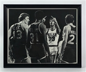 1977 Kareem Abdul-Jabbar Milwaukee Bucks Double Bird Salute 8x10 Framed Photo