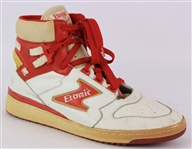 1985-87 Hakeem Olajuwon Houston Rockets Signed Etonic The Dream Game Worn Sneaker (MEARS LOA/JSA)