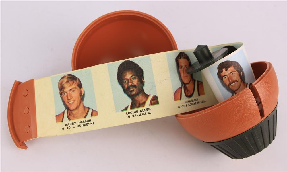 Lot Detail - 1971 World Champion Milwaukee Bucks Photo ...