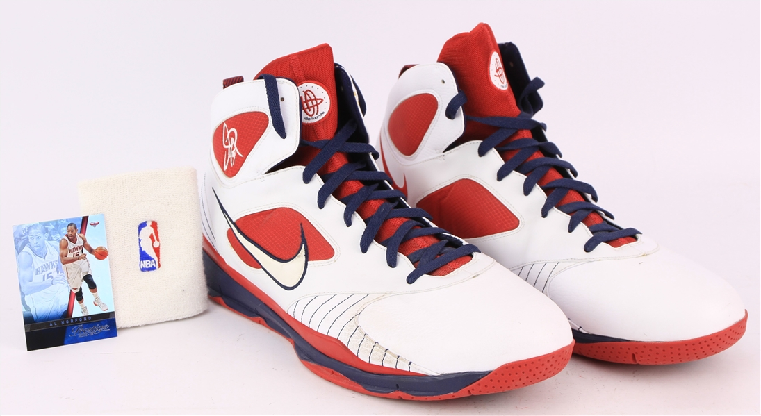 2008-09 Al Horford Atlanta Hawks Game Worn Nike Sneakers + NBA Wristband (MEARS LOA)